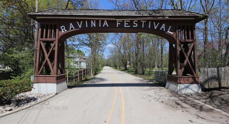 Entrance and sign to Ravinia